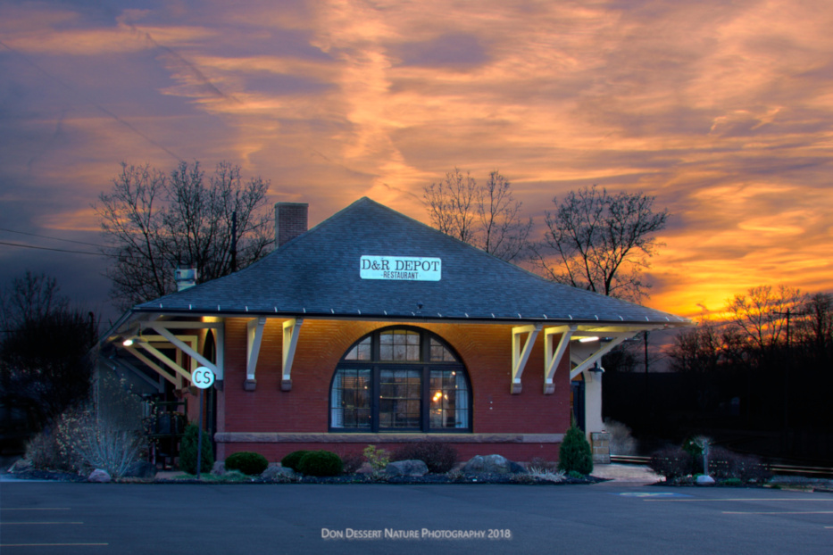 D&ampR Depot Restaurant Photo